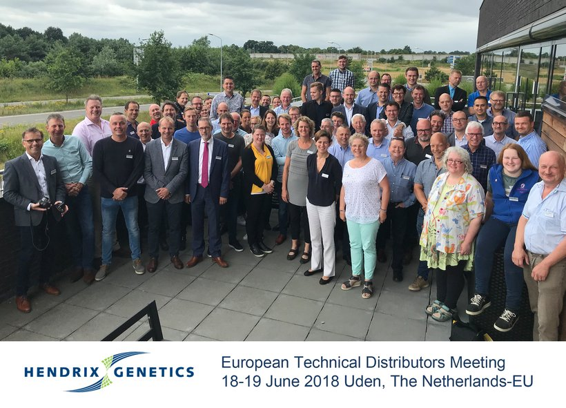 European distributor group photo