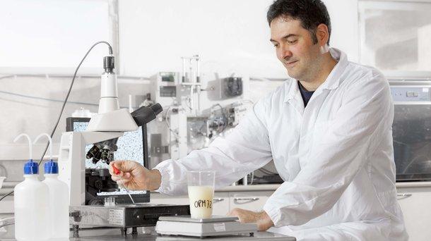 HG R&D microscope.jpg